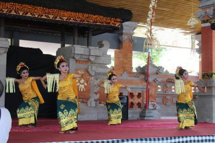 JULUNGWANGI TAMPIL MAKSIMAL DI SASANA BUDAYA
