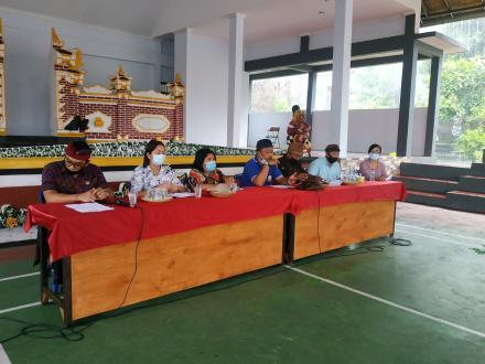 Musyawarah Desa tentang Pembahasan Pemberlakuan Pembatasan Kegiatan Masyarakat Skala Desa
