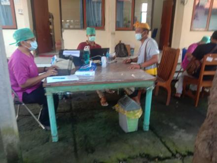 Vaksinasi Tahap Kedua Perangkat Desa Bondalem